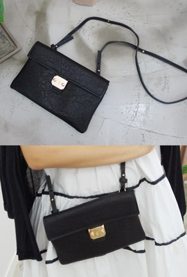 Gold snap clutch (9 th stock)