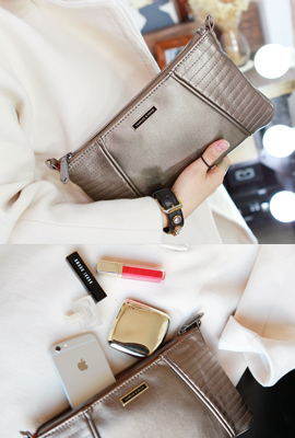Incision clutch bag (Stock tertiary)