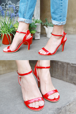 Chic curve strap heels (restocked 3rd)