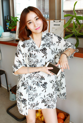FlowerV Shirring Chiffon Dress (87 pieces stock)