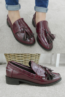 Classic tassel loafers (8 primary stock)