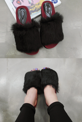 Real rabbit slippers (secondary stock)