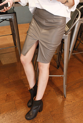 Front leather HSkirt (3rd stock)