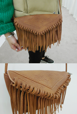 Fringe leather shoulder bag (secondary stock)