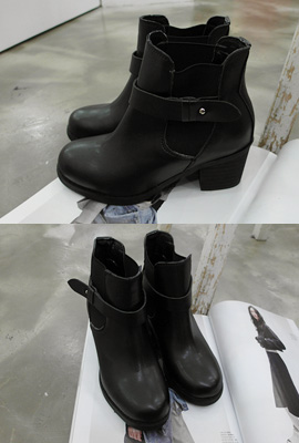 Banding straps Ankle Boots