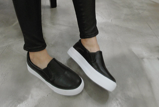 Tonggup leather slip-on (the stock 24 J)