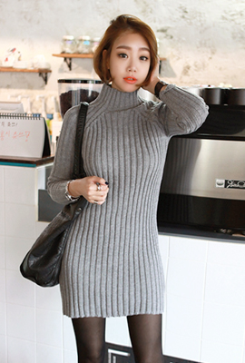 High necked Golgi Knit Dress (14th stock)