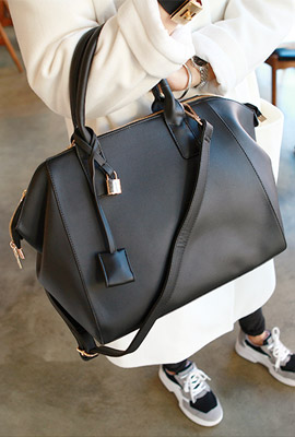 Modern Tote (55th restocking)