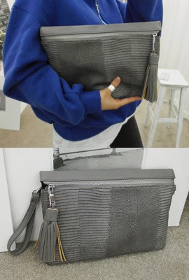 Crocker tassels clutch (Stock 28th)