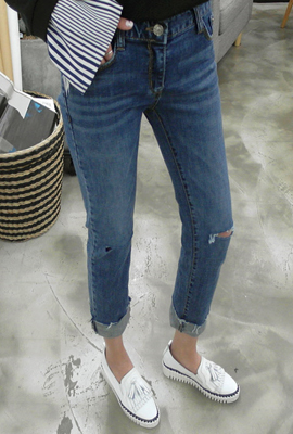 Dated cut slim denim pants (80 primary stock)