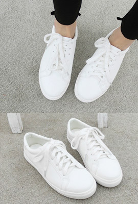 Simple Leather Sneakers (9th stock)