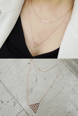Triangle Necklace throw line (3rd stock)