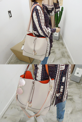 Colored strap shoulder bag (68 car stock)