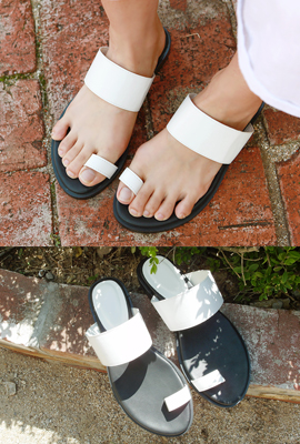 Thumb strap slippers (secondary stock)