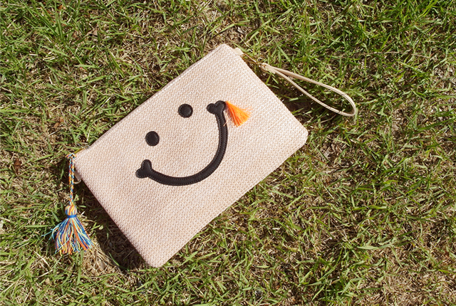 Smile Tassle Clutch (7th stock)