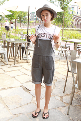 Roller-up denim suspenders pants (stock of 18 cars)