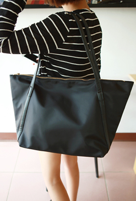Leather line shopper bag (7th stock)