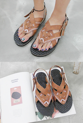 Stitch Mix punching sandals