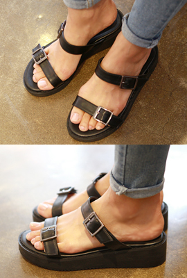 Buckle strap slippers