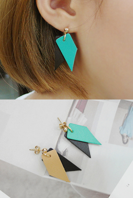Unique earrings color mix