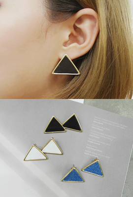 Big earrings tri