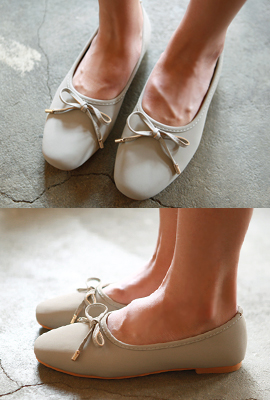 Simple ribbon Flat shoes