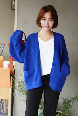 Three soft button cardigan (secondary stock)