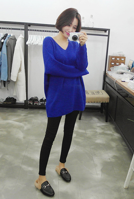 Stingray V-neck knit Tea (49 tea stock)