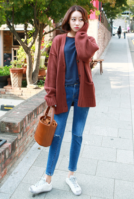 Two pockets Button Cardigan