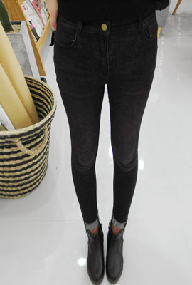 Simple cutting wash skinny jeans (3rd stock)