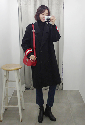 Long sleeves, double coat color