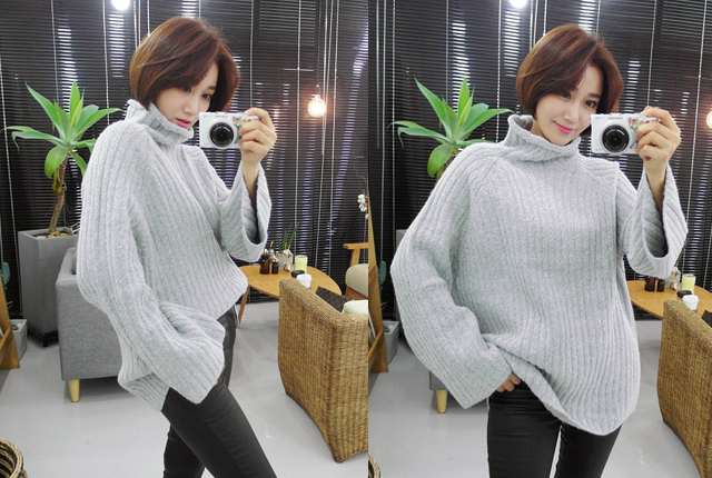 Wide corrugated knit turtleneck Tea (39 tea stock)