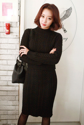 Twist knit two-piece set