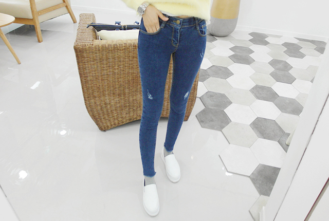 Scratch banding slim skinny jeans (5th stock)
