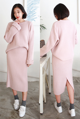 Roll-knit wool two-piece set