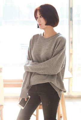 Loose round knit tee (stock 23rd stock)