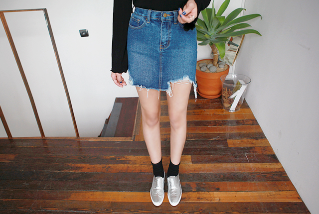 Vintage cut denim skirt (10 pieces stock)