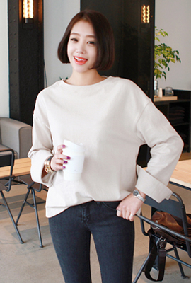 Retail teuim round sleeved tee (secondary stock)
