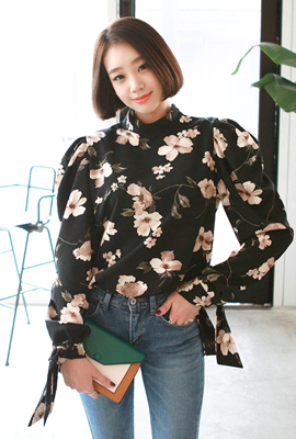 Flower Puff blouse