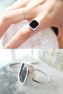 Rectangular frame open ring