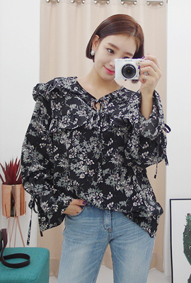 Flower Ribbon Blouse