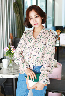 Flower strap blouse (secondary stock)