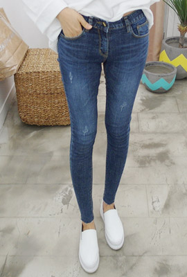 Three Scratch Washing Skinny Jeans (18th stock)