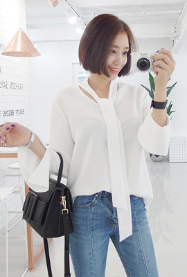 Teuim ribbon strap blouse