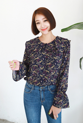 Flap Flower collar blouse
