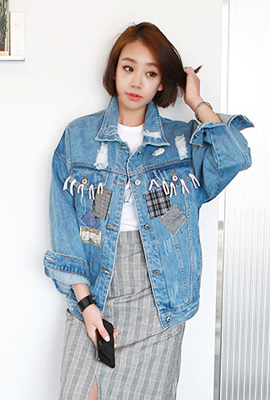 Relief patch denim jacket (second stock)
