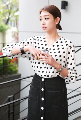 Dot blouse beuyinek