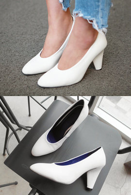 Basic cut middle heels