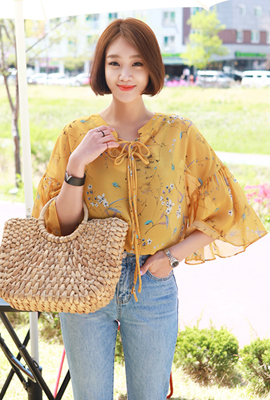 Flower ribbon strap blouse (second stock)