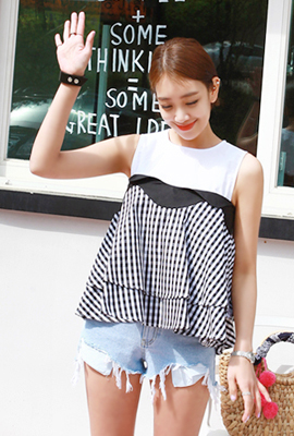 Gingham Check Wave Blouse